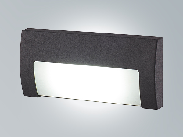 LP1373B->>Recessed wall light