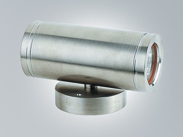 LP106C1-> Stainless steel wall light